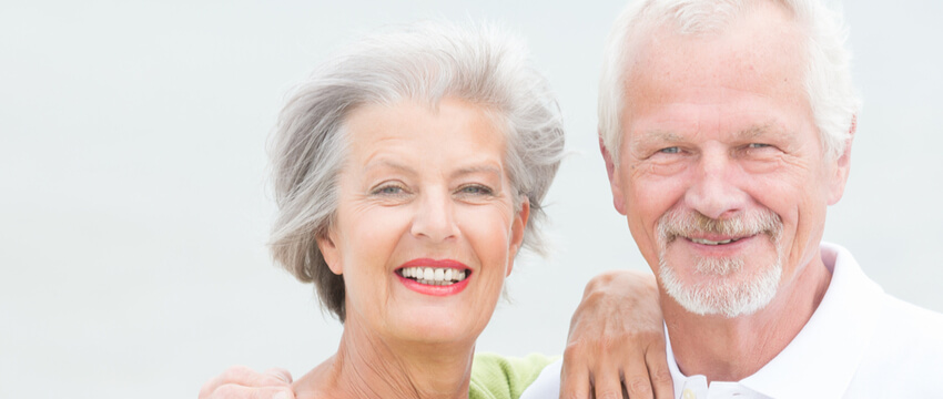 How to Clean Dentures?